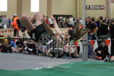 Iowa-High-School-Wartburg-Indoor-Track-senior-photos-senior-pics-50701-0046
