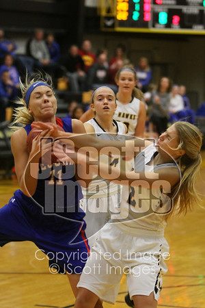 2017-12-08 - VARSITY - Decorah at Waverly-Shell Rock