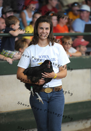 Reserve Best of Show goes to Emily Meerdink, of the Akron-Westfield FFA at Akron, in the FFA Parade of Champions at the Iowa State Fair on Aug. 10. (Iowa State Fair/ Steve Pope Photography)
