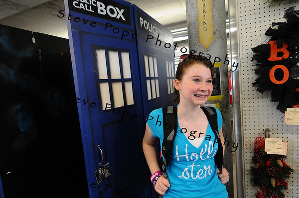 Lauren Johnson, 13, of Urbandale, visited the Patty & Jim Cownie Cultural Center at the Iowa State Fair on Aug. 8. (Iowa State Fair/ Steve Pope Photography)