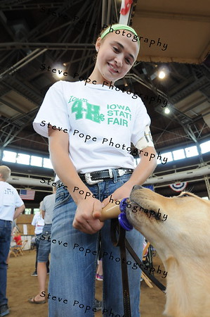 Kole McNeer, 16before the 4-H Dog Show at the Iowa State Fair on Aug. 20. (Iowa State Fair/ Steve Pope Photography)