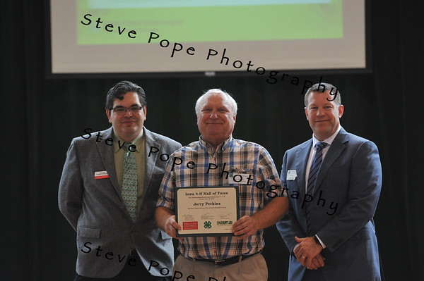 Jerry Perkins was inducted in the 2017 Iowa 4-H Hall of Fame at the Iowa State Fair on Aug. 20. (Iowa State Fair/ Steve Pope Photography)