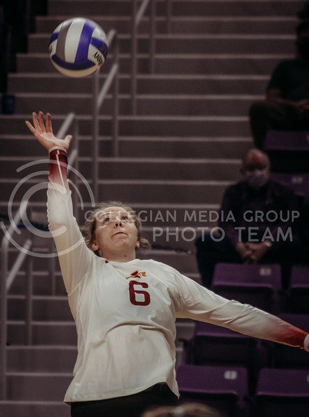 Eleanor Holthaus gets ready to return the ball during the Kansas State volleyball game against Iowa State at Bramlage Coliseum on Sept. 26, 2020. (Sophie Osborn | Collegian Media Group)