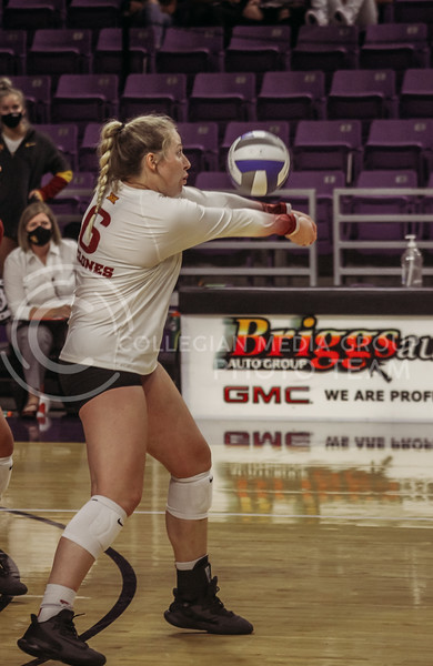 Eleanor Holthaus passes the ball to a teammate during the Kansas State volleyball game against Iowa State at Bramlage Coliseum on Sept. 26, 2020. (Sophie Osborn | Collegian Media Group)