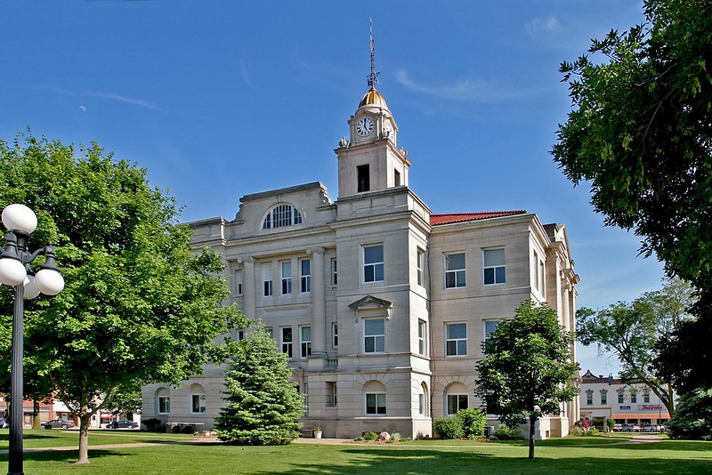 Keokuk County Courthouse is located in Sigourney, Iowa
