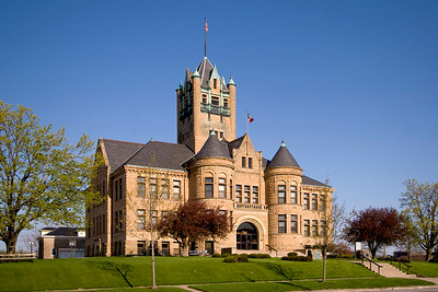Johnson County Court House is located in Iowa City, Iowa