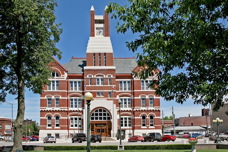 Mahaska County Courthouse is located in Oskaloosa, Iowa