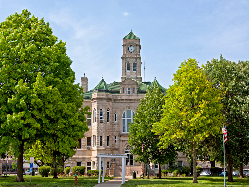 Appanoose County Courthouse view 1. Located in Centerville, IA