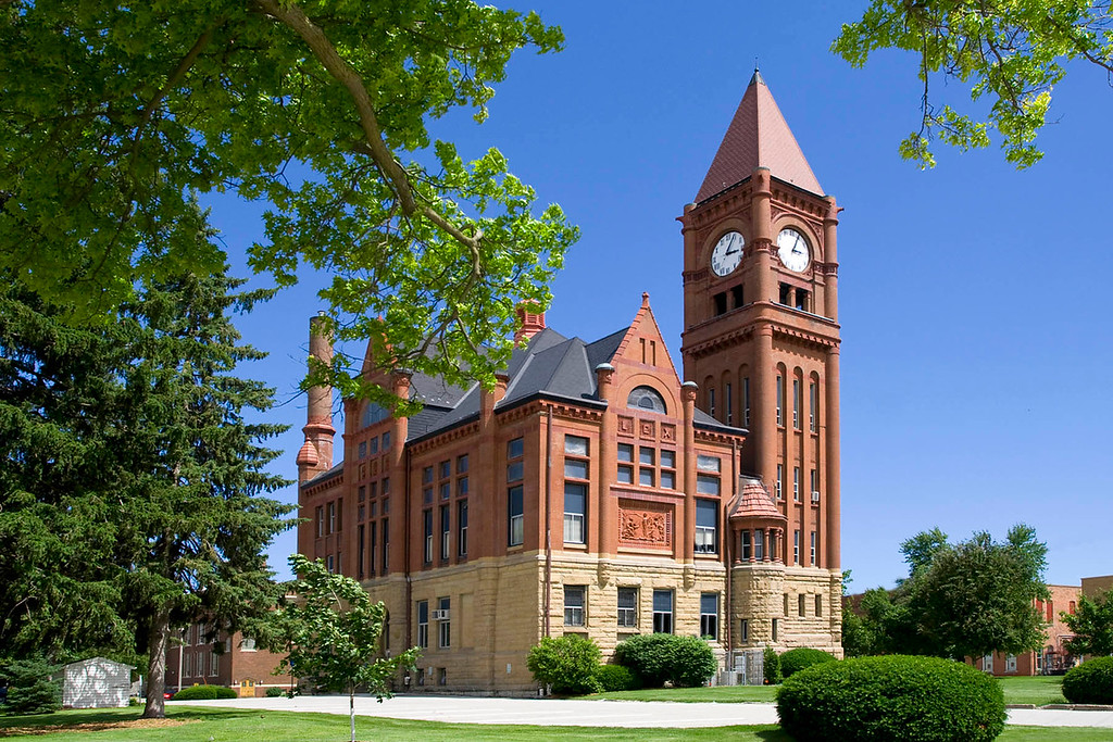 Jefferson County Courthouse is located in Fairfield, Iowa