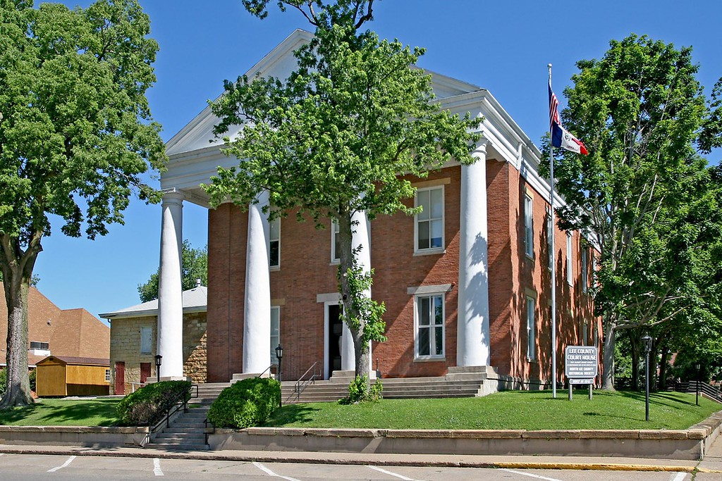 Lee County Courthouse is located in Fort  Madison, Iowa