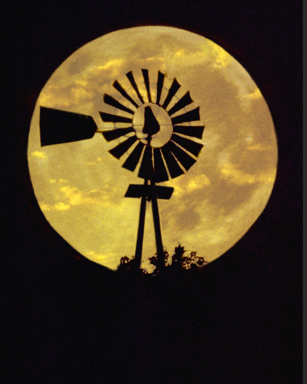 A moonlite Windmill Silhouette