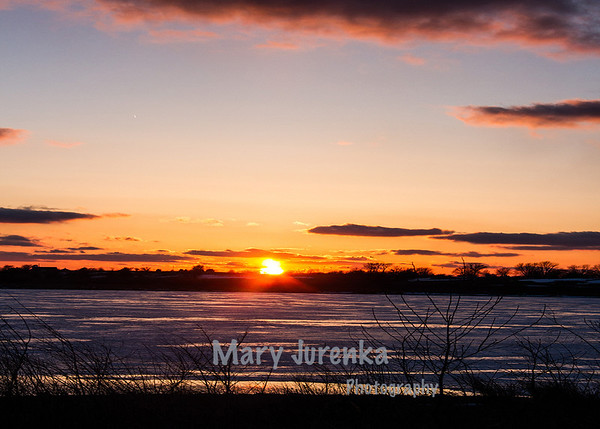 Iowa sunset on the water