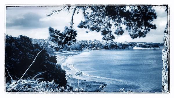 Browns Bay Beach - Bluetone