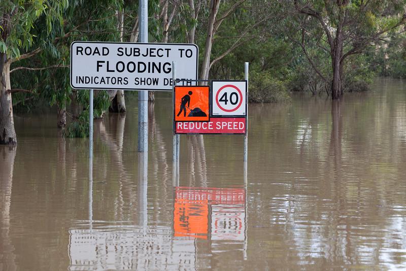 Warwick Rd, Churchill - road subject to flooding by Deebing Creek, indicators not visible - 12 Jan 2011