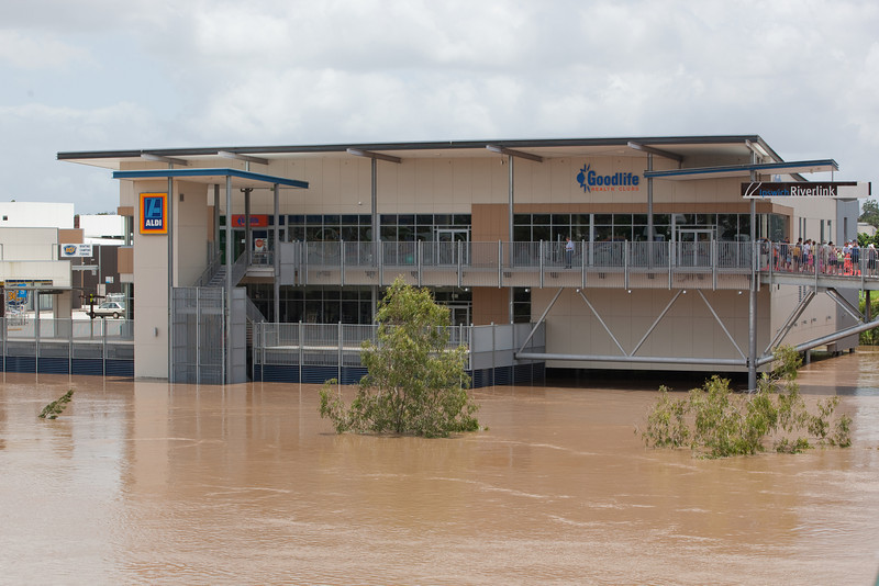 Riverlink Shopping Centre as seen from the David Trumpy Bridge - 12 Jan 2011