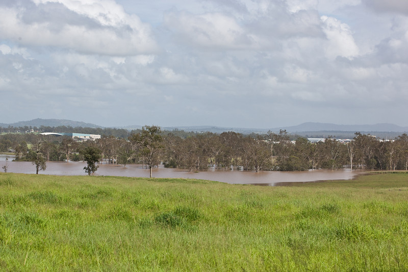 Taken from Goddards Rd Yamanto looking towards RAAF base Amberley - 12 Jan 2011