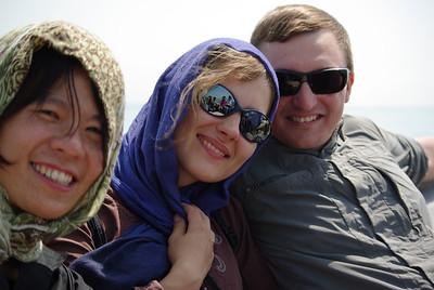 Na łódce, każdy ma inny fryz :) z nami siedzi tajwanka Carol