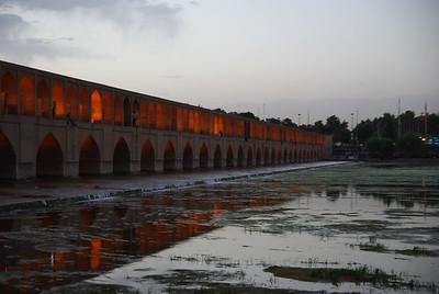 Most Si-o-Sech na rzece Zayandech