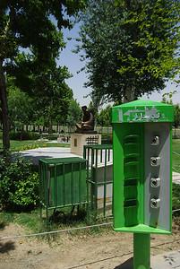 W parkach maja prąd, takie ułatwienie dla mistrzów piknikowania