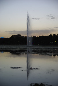 Fontanta pośrodku rzeki