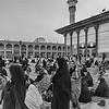Shiraz ( Iran) : Shahaherag Holy Schrine. Mosquee et mausolee. Voile obligatoire