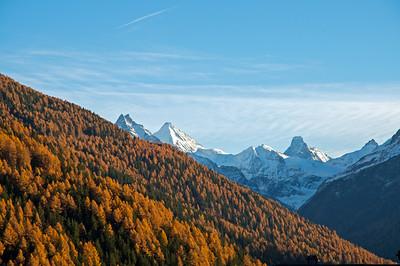 Besso 3668 m, Ober Gabelhorn 4063 m, Matterhorn 4478 m