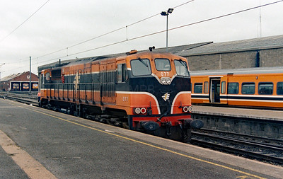 077 at Dublin Connolly on 4th July 2003
