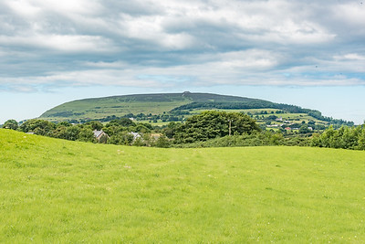 Kocknarea cairn in the distance