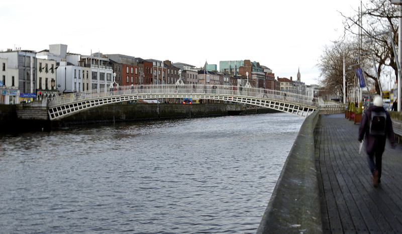 Halfpenny bridge, Dublin, 12 January 2009