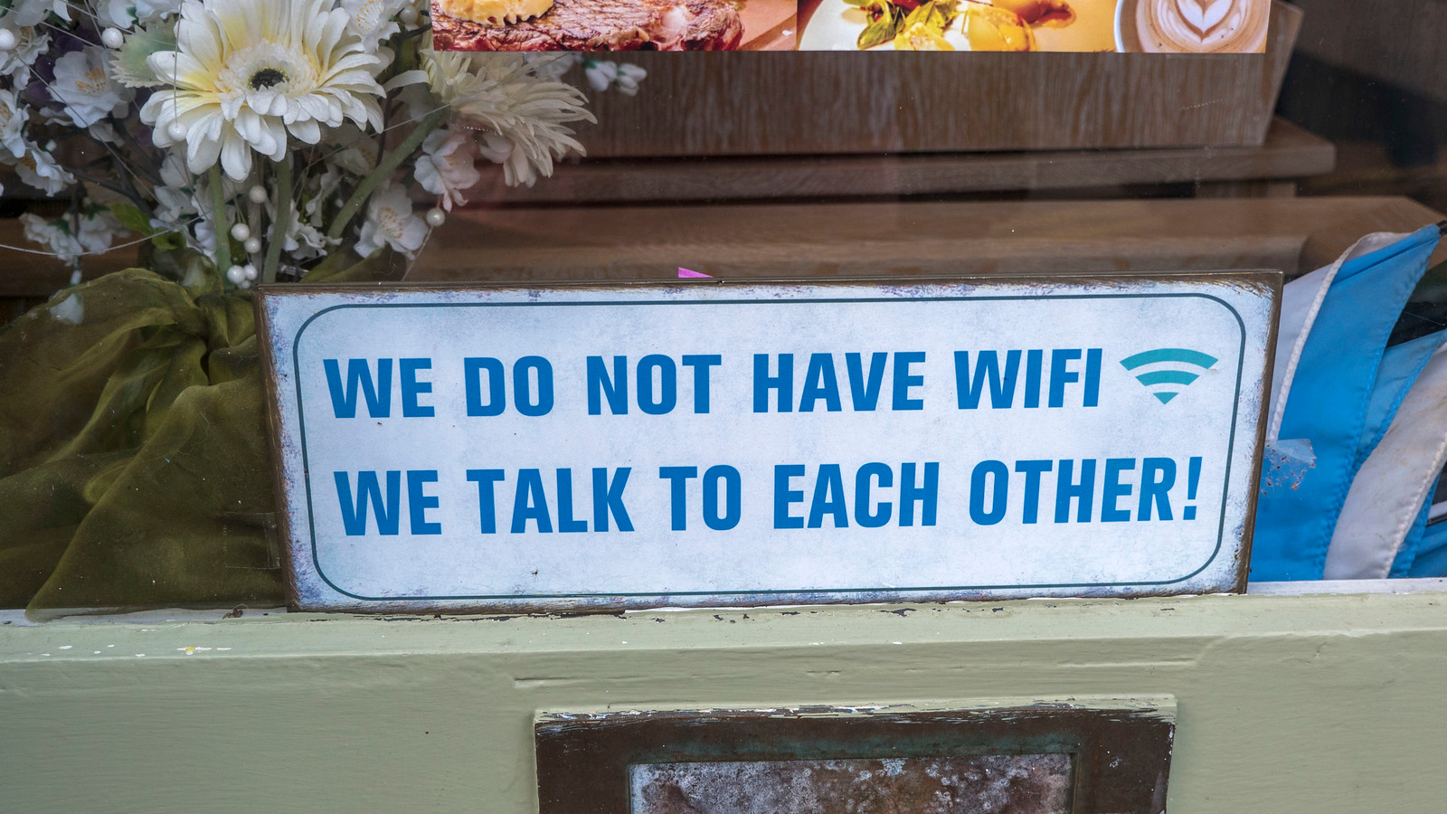 Ennis WiFi Sign in Window