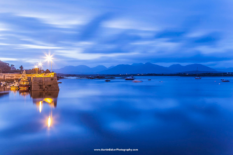 Roundstone Harbour and Twelve Bens (Twelve Pins), Bertraghboy Bay, Connemara, Galway, Ireland.