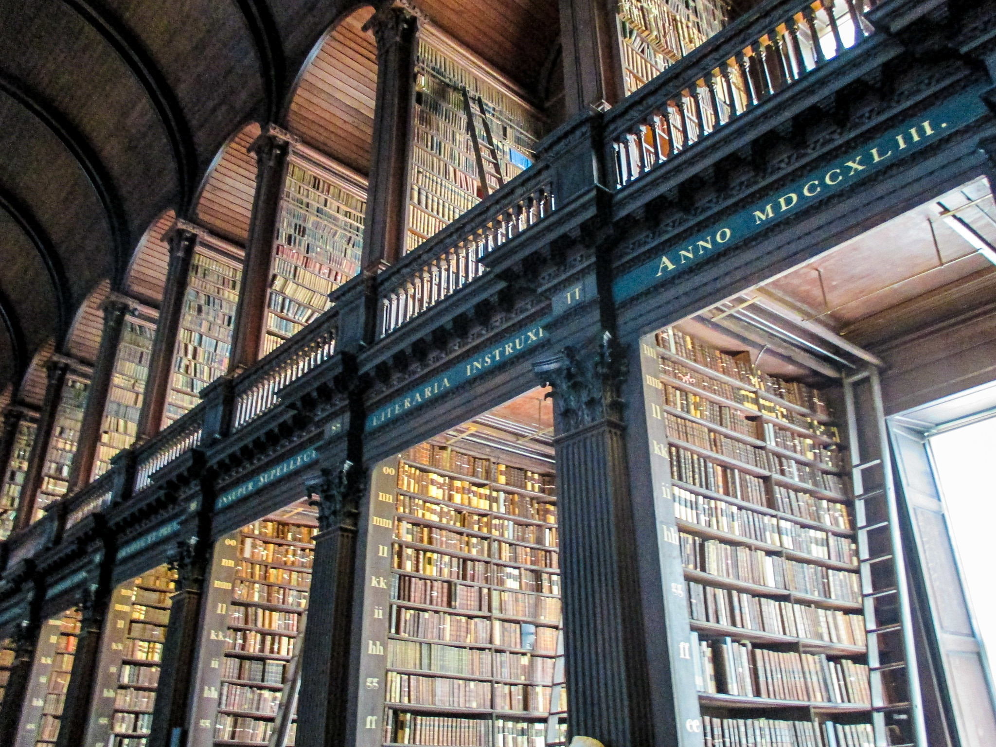 solo female travel dublin will take you to trinity library