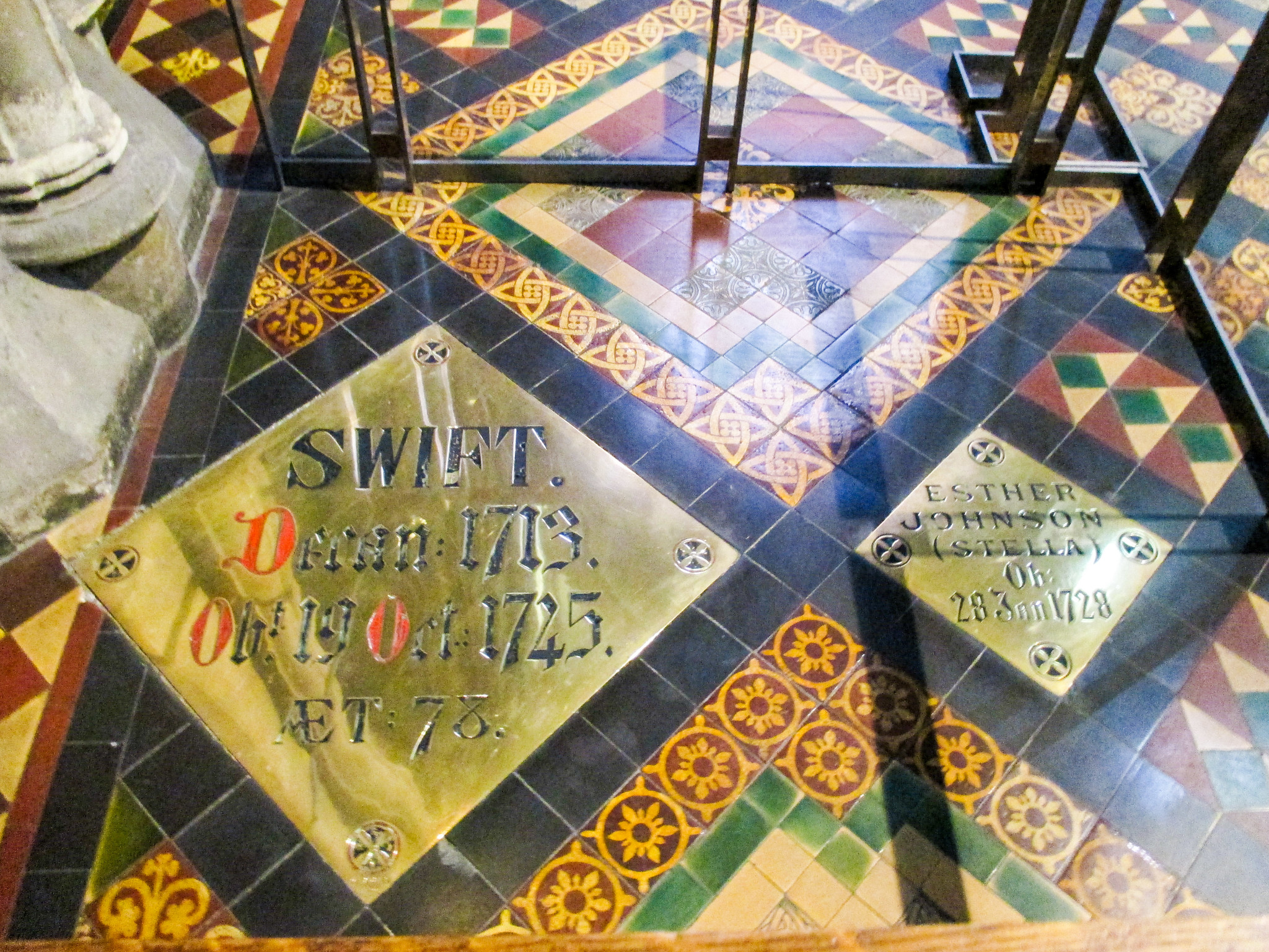 solo travel dublin: see the literary wonders including graves