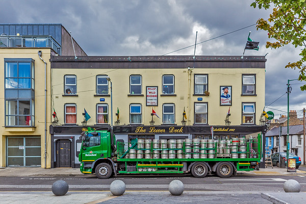 The lower deck pub - Portobello Harbour - Dublin Ireland - front view