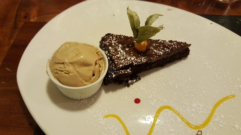 Vegan sticky toffee pudding at the Porterhouse Gastropub