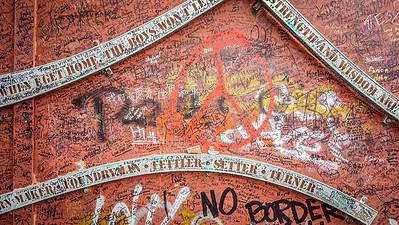 Peace Wall murals