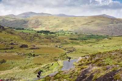 Cycling the Ballaghbeama Gap