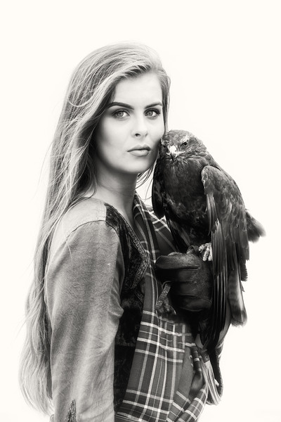 Beauty and the buzzard, Jessica D