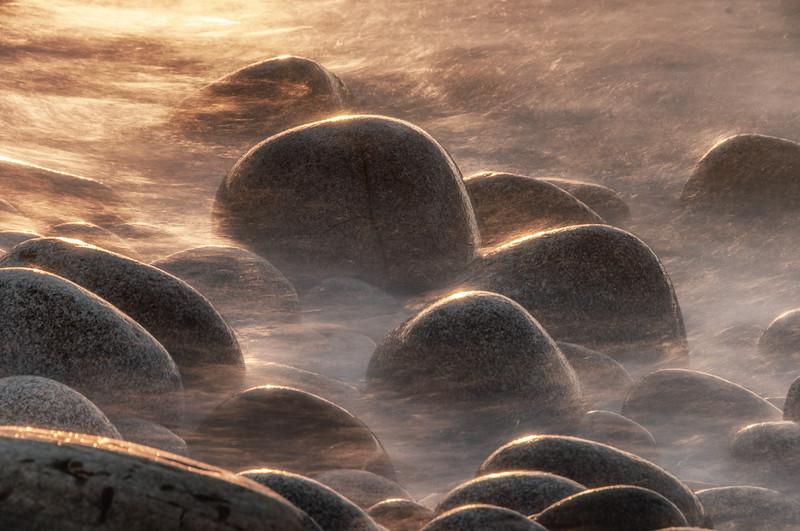Cnoc Fola boulders