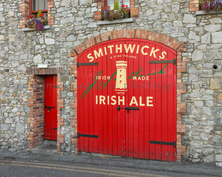 $65 - Smithwicks Red , Kilkenny , Ireland