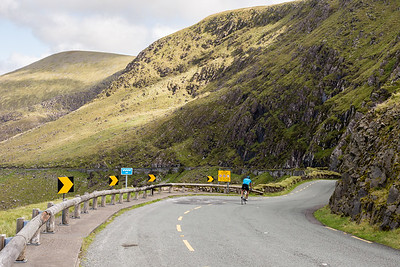 Cyclist on the Conor Pass