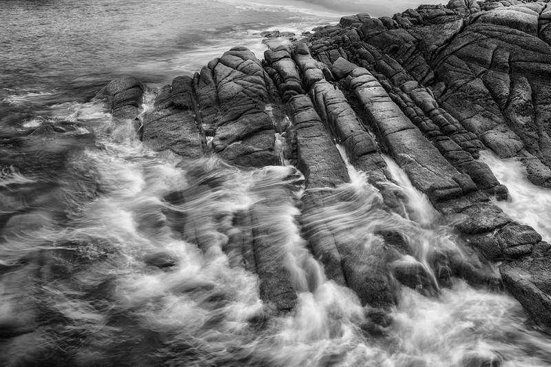 Flows at Cruit, granite rocks