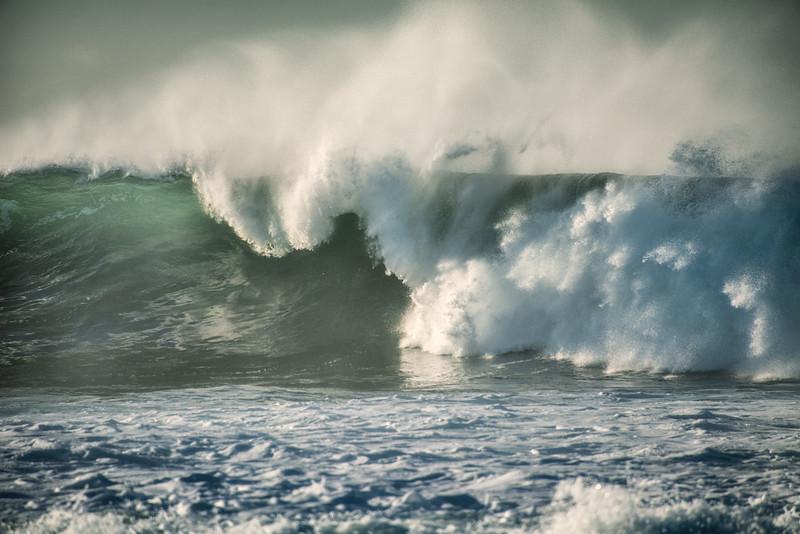 Foreland wave