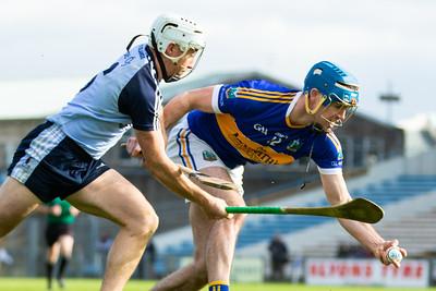 Kiladangan's Joe Gallagher in action against Nenagh Eire Og's Daire Quinn