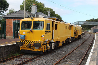 751 - Plasser & THeurer 08 - 4x4/4S - IR at Carrick-on-Suir on 11.10.13.
