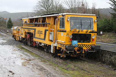 740 - Plasser & Theurer 09-16CAT-5/IR at Carrick-on-Suir on 05.02.11.