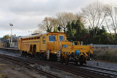 742 at Carrick-on-Suir on 30.11.13.