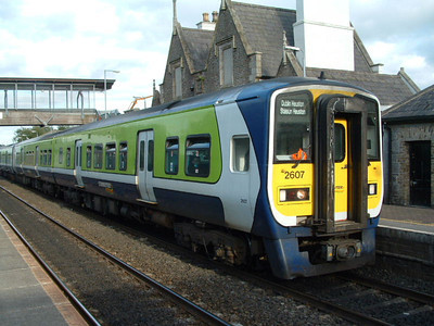 2607 - at Sallins/Naas on 14.09.05 on 17.18 Dublin - Newbridge service.