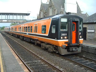 2801 at Sallins / Naas on 15.07.05 on 17.18 Dublin - Newbridge service.