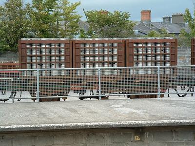 27669 - 4W Beer Keg Wagon - at Kilkenny on 22.09.04 ..